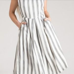 🎉HP x2 🎉 Vertical Stripped wide leg jumpsuit